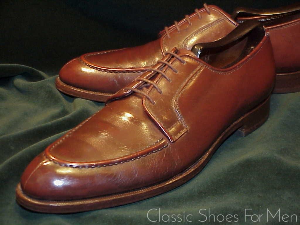 *Vintage Custom Made LEE KEE (Hong Kong) Split-Toe, Raised Apron,  NORWEGIAN: 42 5D